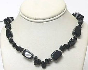 Semiprecious Necklace in Black