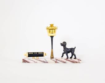 Desk statue - art deco