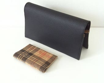 """porte-chéquier et étui CB """"écossais noir"""" en similicuir noir et liège teinté écossais"""