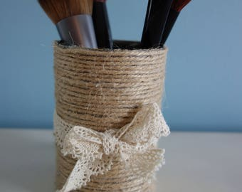 Tin can wrapped in twine with lace bow