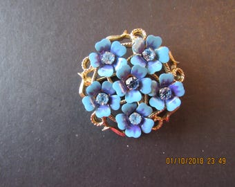 Avon rhinestone  blue flower pin