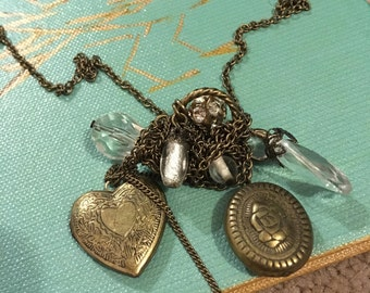 Vintage Style Gold Necklace With Locket