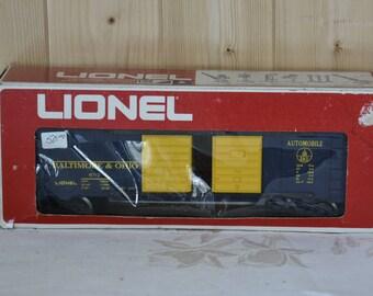 Lionel Electric Trains Baltimore and Ohio Automobile Car 6-9712