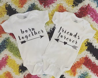 Twin onesies // Twin gift // Born together friends forever // Twins // Twin onesie // Twin pregnancy // Baby onesies // Twinning