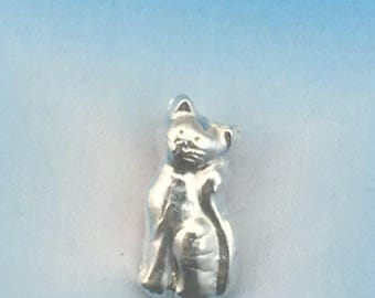 Fine Silver Little Kitty Pendant made from Precious Metal Clay