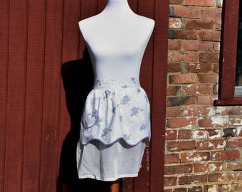 Vintage Reversible Apron with Spring Flowers!