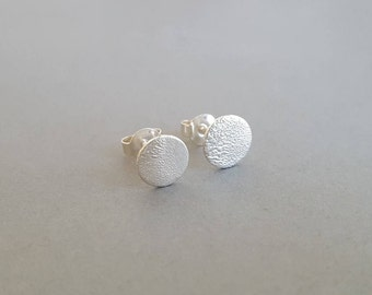 Small earrings silver delicate round earrings circles
