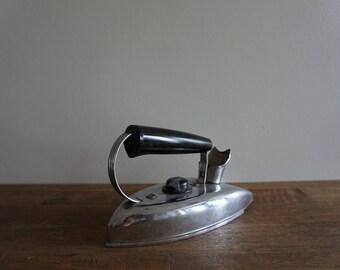 Vintage Electric Iron KwikWay Automatic