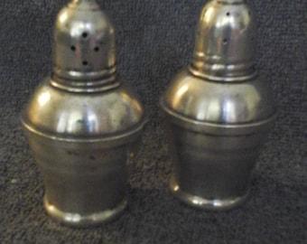 Vintage Sterlington Salt & Pepper set with glass inserts