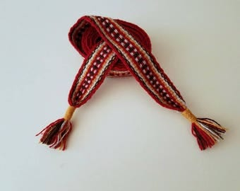 Hand woven belt, color red, 73,62 inch long by 1.38 inch wool yarn