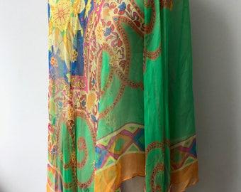 1960's print cape / 1960's Print / Silk Cape / Summer Wear