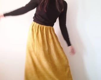Long chenille skirt with elastic waist
