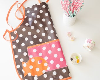 Kid's apron for little cooks
