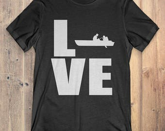 Boating T-Shirt Gift: Love Boating