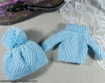 Turtleneck sweater for Blythe and matching pompom wool hat
