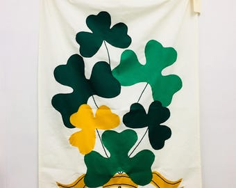 Decorative Flag: Shamrock Bouquet
