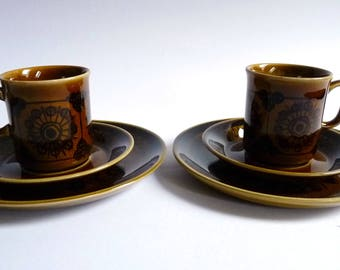 Stavangerflint SERA Set of 2 Cups and Saucers with 2 Plates Norway Pottery Vintage Design 1970's