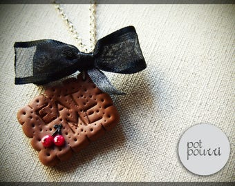 Biscuit pendant Eat me Alice in Wonderland Cookie Miniatures Fimo-Handmade jewelry by Potpourridesign
