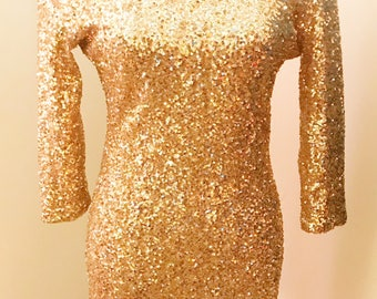 BODYCON GOLD SPARKLER! Fitted Sequin Long Sleeve Party Dress!