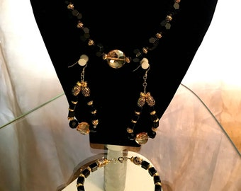 Rooftop Necklace Set