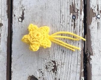 Shooting Star Crochet Magnet