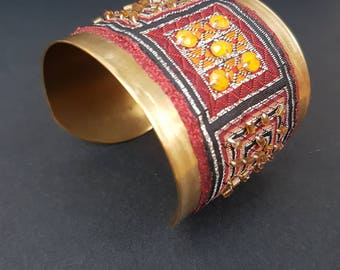 Brass bracelet with fabric and beading/brass cuff with textile application and beads