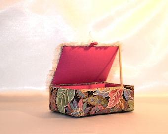 Floral motif small rectangular keepsake box