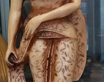 Vintage Statuette Japanese/Resin Sculpture Geisha/Resin Statuette