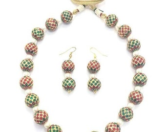 Multi color dolki necklace set