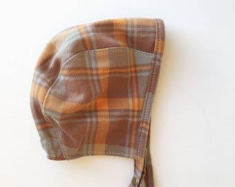 Baby Boy Bonnet in Brown Plaid Twill, Fall Baby Style, Baby Bonnet, Baby Boy Sun Hat
