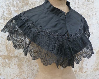 Vintage Antique 1850/1900 Victorian French cape /black silk adorned with jet beads appliques & lace/ capelet/Matinée size free