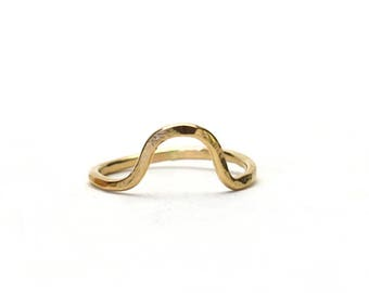 Gold Arc Ring Mini Small Triangle Rose Gold filled Gold filled Ring Hammered wave geometric anniversary band stacking simple semi circle