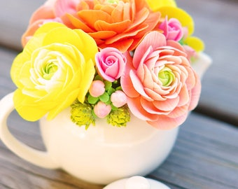 CLAYCRAFT by DECO - Mini Teapot with Clay Ranunculus, Rosebuds, and Cherry Blossoms