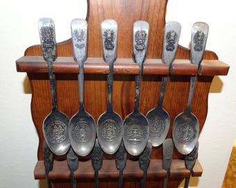 1776-197 Bicentennial Spoon Set, State Great Seals, Never used, only displayed, International Silver Company Spoons, Collector Spoons