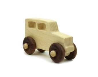Truck Wood Toy -  Imaginative Play - Toy Truck - Handmade Wooden Toy - Child Truck - Toddler Gift - Birthday Gift -TY37