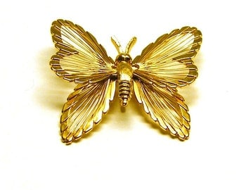 Vintage Gold Monet Butterfly brooch pin