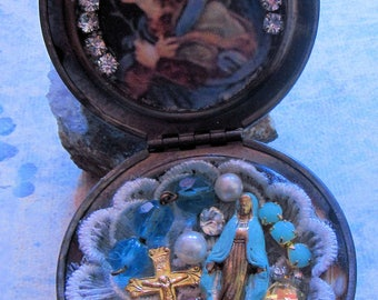 "Catholic  Locket Shrine Virgin Mary ""Queen of Heaven"" and Our Lady of Miraculous Religious Pendant with Vintage Pocket Statue"