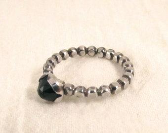 Black Spinel Dot-Band Ring, 5