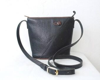 70s 80s French vintage DIDIER LAMARTHE black leather bag. small shoulder bag. leather crossbody bag