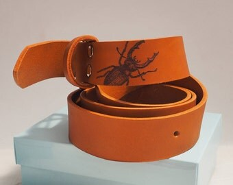 Hidden Stag Beetle Tan Leather Belt, Mens Gift, Gift for Him, Men Gift, Dad Gift, Tan Belt, Leather belt, insect, stag beetle, mens fashion