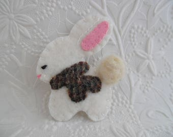 Felt Bunny Brooch Scarf Wool Felted Coat Pin Christmas Jewelry