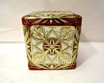 Tea Tin, Dutch Tea Tin, Embossed Decorative Tea Tin
