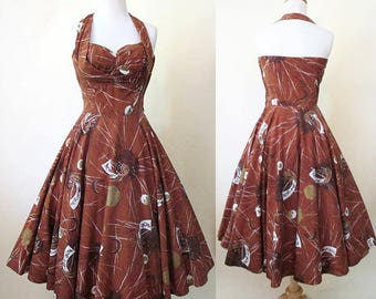 Awesome 1950's Hawaiian Sundress Shelf Bust Halter Top Pinup girl Rockabilly Vintage Tiki Hawaiiana Chic  Size Small