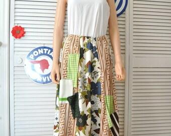 Vintage Womens 90s 80s Maxi Skirt Chessa Davis Floral & Greek Key Multi-pocket Renaissance Elastic Waist Lined Costume Boho Gypsy Medium