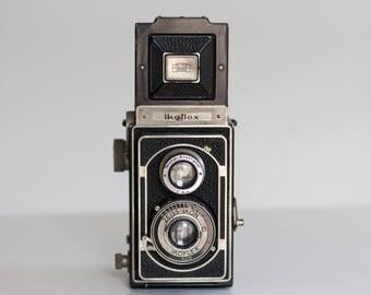 Vintage Zeiss Ikon Ikoflex II Medium Format Camera with Case