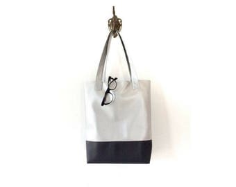 Silver tote bag, everyday tote, shopping tote, silver leather tote, minimalist bag, large tote bag, large leather tote bags