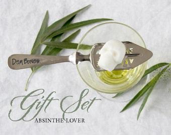 Celebrate St. Valentine with the magic of La Fée Verte // absinthegift set // absinthe glass // absinthe spoon // Cocktail Gift Set