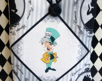 Kindle Cover Sleeve ~ Alice in Wonderland