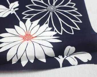 Japanese Vintage Yukata Cotton Fabric. Full Bolt Available (Ref: 1549)