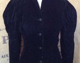 Scott McClintock velvet jacket mutton sleeve